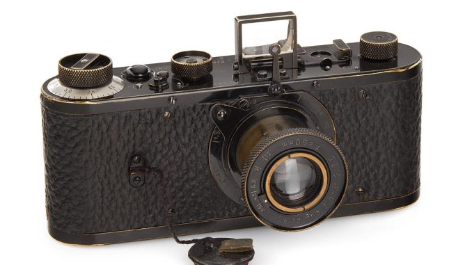 Auf 700.000 bis 900.000 Euro geschätzt brachte diese Kamera von 1923 es auf stolze 2,4 Millionen! (Foto: http://www.westlicht-auction.com)